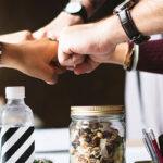 10 ideas de inicio para que los profesionales jóvenes realicen negocios en Internet