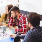 Investigación de mercado para optimizar el contenido y la generación de ingresos